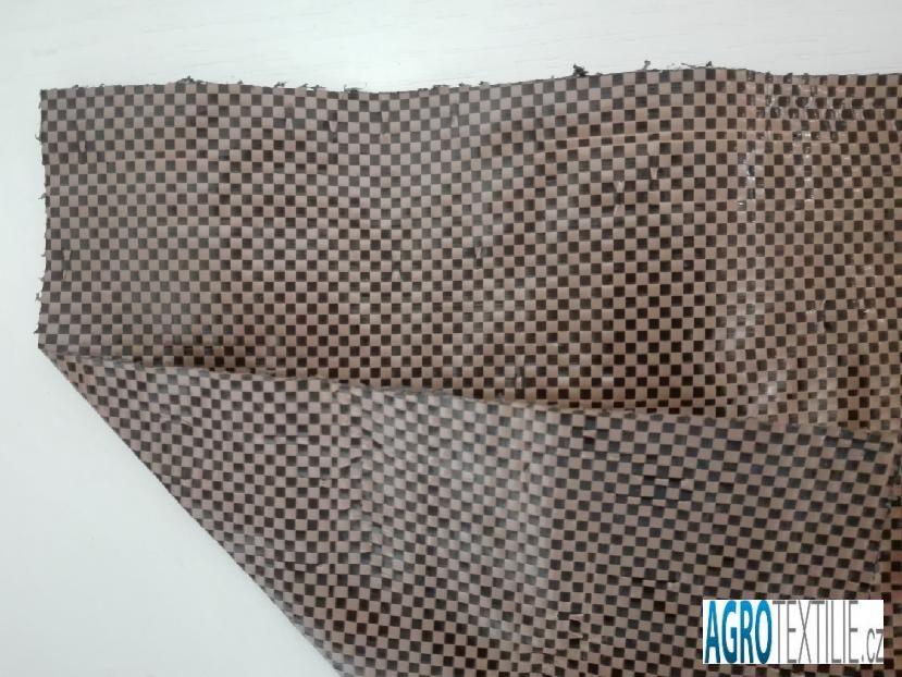 Tkaná černo-hnědá 120g 2,1m x 100m váha role 25,2kg
