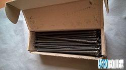 Hřeb ocelový k obrubníku 44ks váha balení 5kg